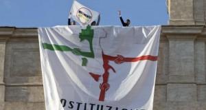 I deputati pugliesi M5S respingono le accuse di immobilismo e ribadiscono il risultato raggiunto di aver spostato il voto sulla Costituzione a settembre