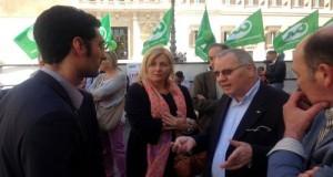 Dinanzi Montecitorio con il Presidente della CIA (Confederazione Italiana Agricoltori) Giuseppe Politi