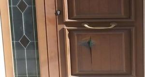 Colpi di fucile alla porta del consigliere Valerio Morelli (M5S) di Lizzano (Taranto). I cittadini si mobilitano per una manifestazione di solidarietà