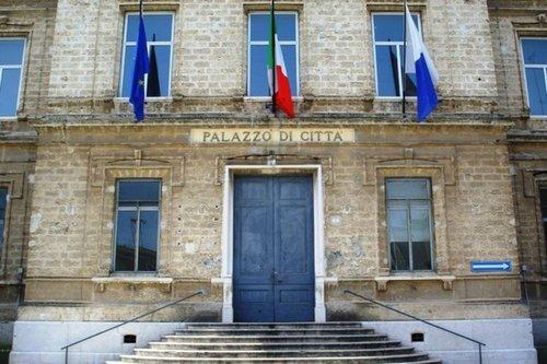 Il sistema trani nell elenco degli scandali politici italiani for Lista politici italiani