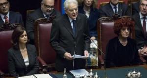 Si è tenuto a Montecitorio il giuramento del neo Presidente della Repubblica Sergio Mattarella con la lettura del rituale discorso di insediamento