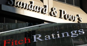 Il M5S chiede al Governo di costituirsi parte civile nel processo a Trani contro Standard & Poor's e Fitch, le due agenzie internazionali di rating