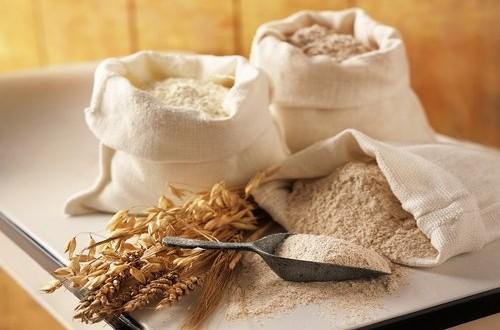 """Proposta di legge sulla nuova categoria delle farine """"integre"""" per distinguerle dalle integrali realizzate con farina bianca e cruschello"""