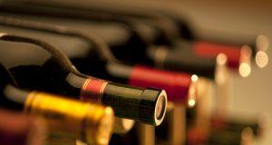 In vista del Vinitaly, il M5S chiede al ministro Martina di emanare i decreti attuativi del Testo Unico del Vino. Ancora bloccati inoltre i fondi Ue