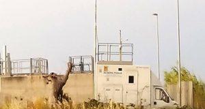 Al depuratore di Polignano scompare e riappare la centralina per il monitoraggio dell'aria. Il M5S chiede spiegazioni all'Arpa