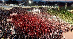 Tra i 50mila di Italia 5 Stelle anche tantissimi attivisti con i portavoce di Polignano. Di Maio incoronato candidato Premier M5S