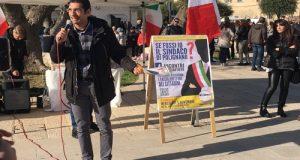 """In vista del Referendum del 4 dicembre sulla Costituzione, ha fatto tappa a Polignano il tour in bici """"Pedala e Difendila"""" con i portavoce M5S"""