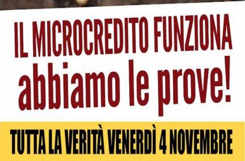 Il M5S in piazza Risorgimento a Bari per illustrare come funziona lo strumento del microcredito sostenuto con la restituzione degli stipendi dei parlamentari