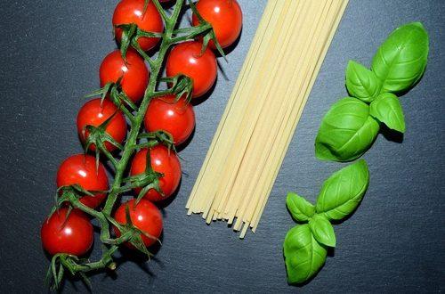 Italia Cibo Pomodori Pasta Basilico